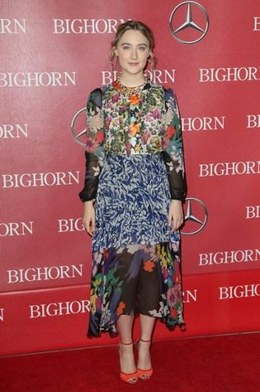 Saoirse-Ronan-Vogue-4Jan16-Getty_b_426x639