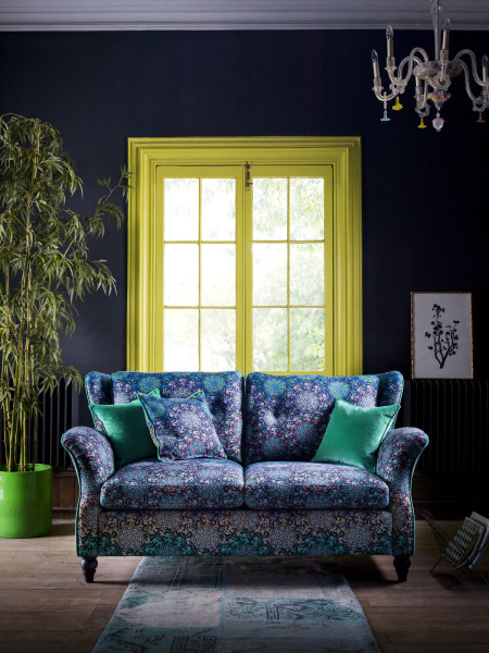 matthew-williamson-for-duresta-bespoke-furniture-range-butterfly-wheel-sofa-450x600