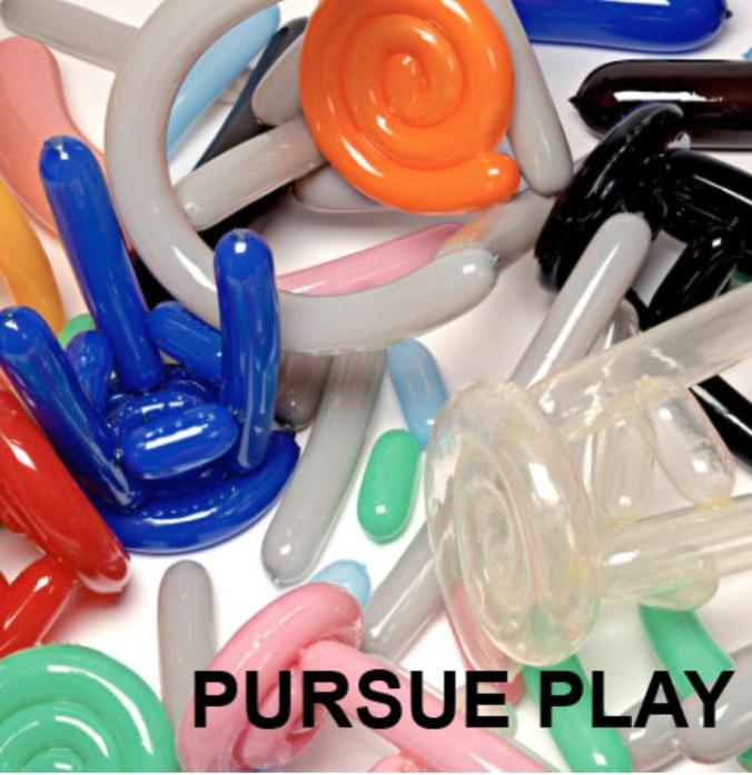 pursue play