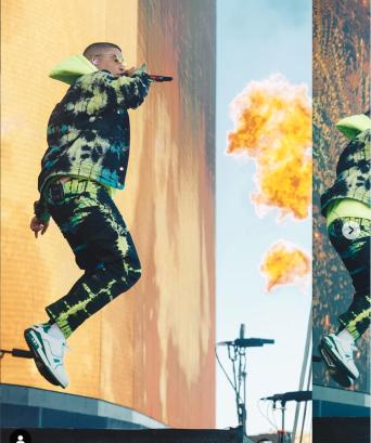 Fuego @badbunnypr photo @jbabsel