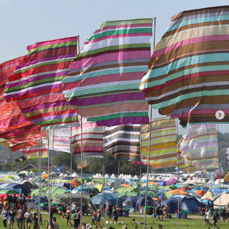 glasto flags