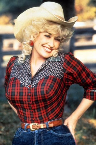 hbz-dolly-parton-1984-gettyimages-168583856