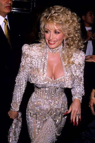 hbz-dolly-parton-1989-gettyimages-75502931